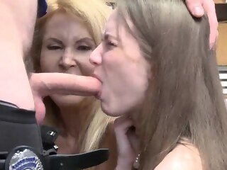 blonde big boobs Caught him jerking While argument occurred, grandmother